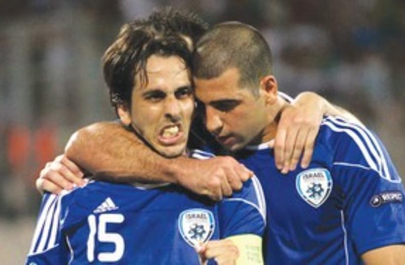 Israel soccer team 311 (photo credit: Adi Avishai)