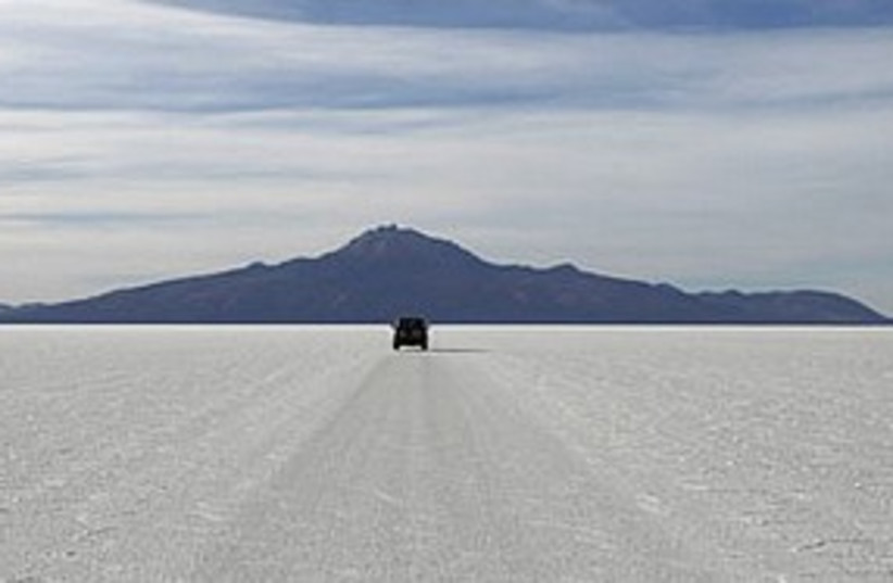 Bolivia salt flat 311 Reuters (photo credit: Reuters)
