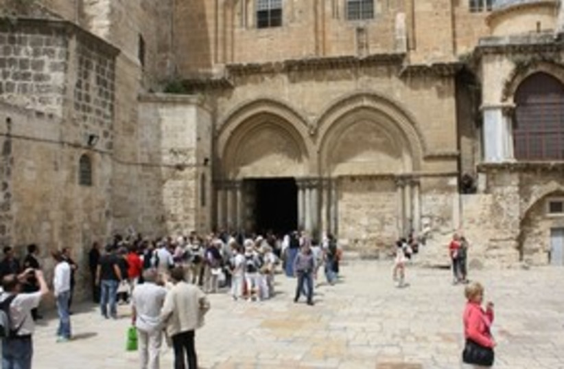 Church of the Holy Sepulcher 311 (photo credit: Travelujah)