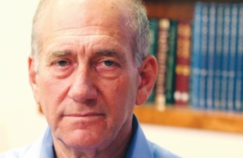 Ehud Olmert 311 (photo credit: REUTERS)