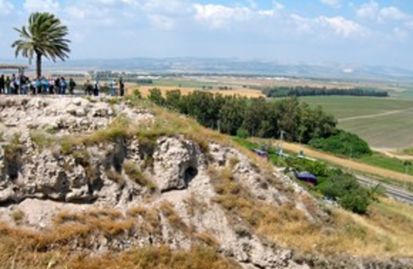 Megiddo  311 (photo credit: Wayne Stiles)