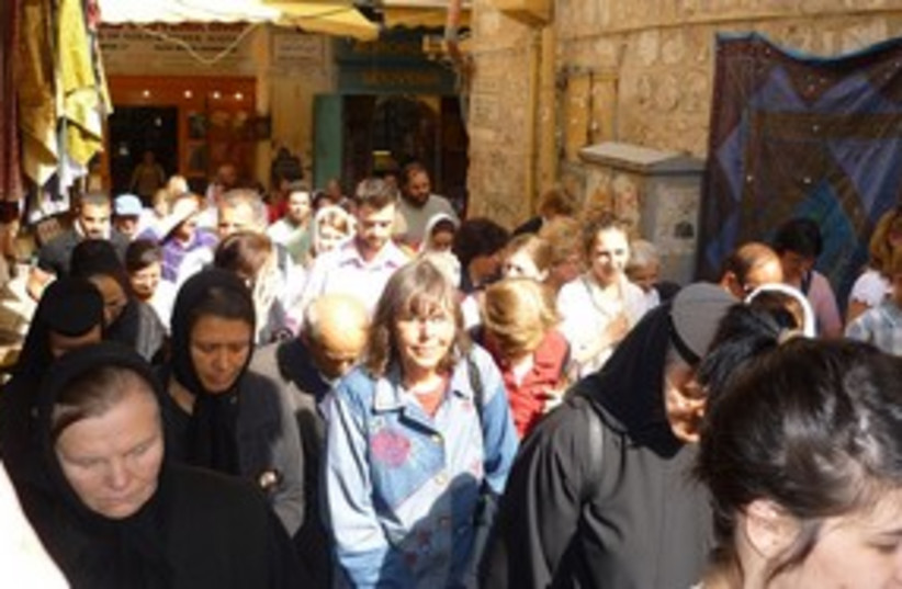 Christians in Jerusalem Old City 311 (photo credit: Travelujah)
