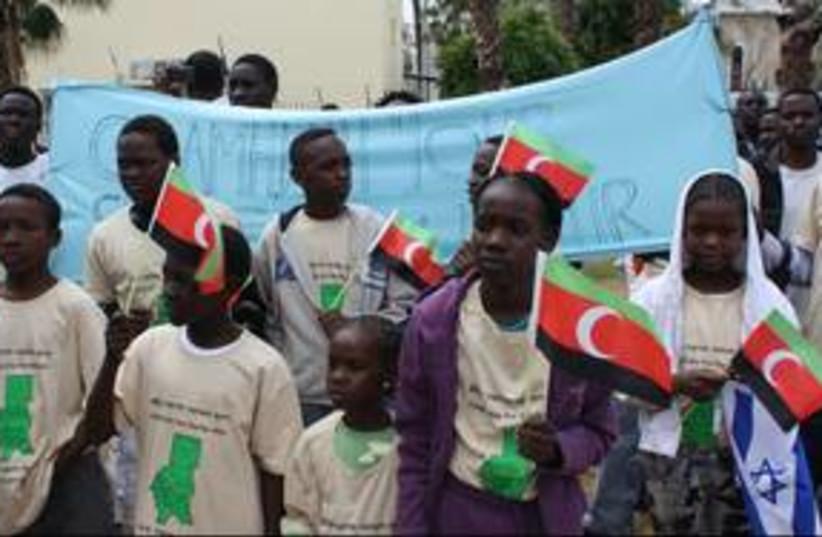 Darfur protest Sudan Levinsky_311 (photo credit: Ben Hartman)
