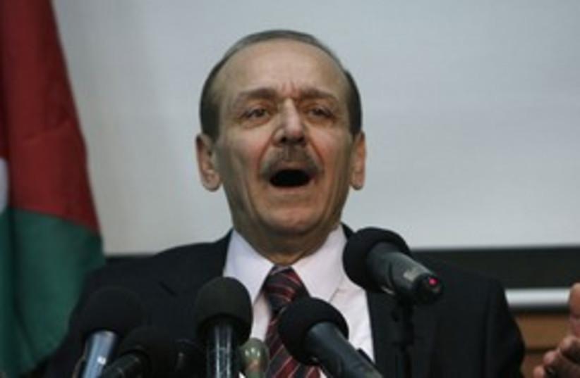 PLO Exec. C'tee Sec.-Gen Abed Rabbo 311 (R) (photo credit: Mohamad Torokman/Reuters)