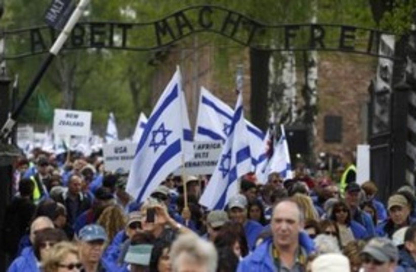 March of the Living at Auschwitz 311 (R) (photo credit: REUTERS/Peter Andrews)