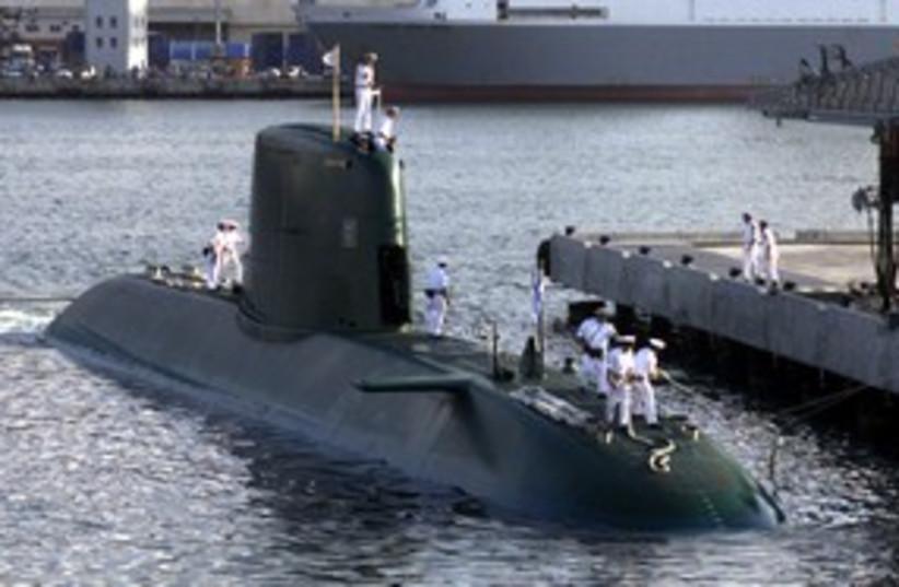 Dolphin submarine 311 (photo credit: reuters)