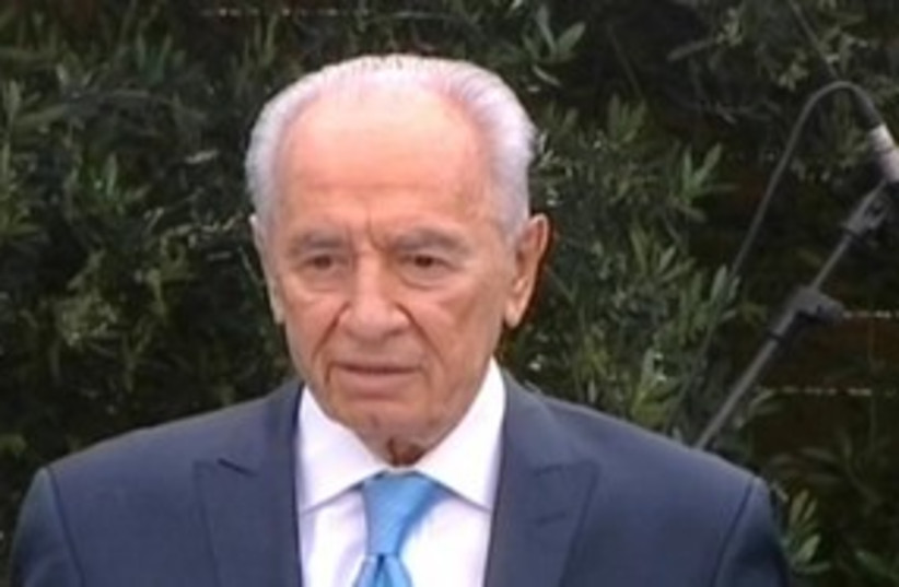 Peres speech looking serious 311 (photo credit: Channel 10)
