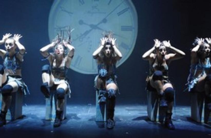 Mayumana dance 311 (photo credit: Gadi Dagon)