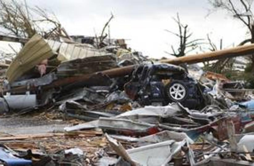 Missouri Joplin tornado_311 (photo credit: REUTERS)