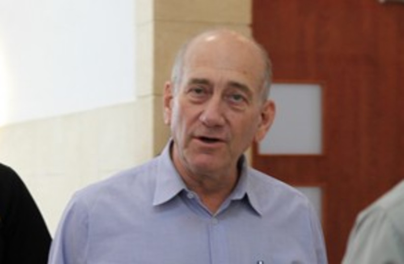 Olmert arriving at trial 311 (photo credit: Marc Israel Sellem)