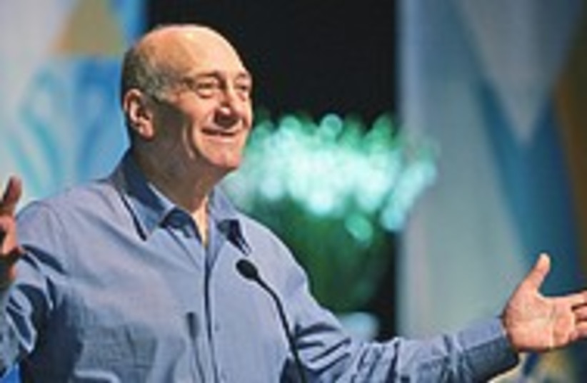 Olmert open arms 224.88 (photo credit: AP)