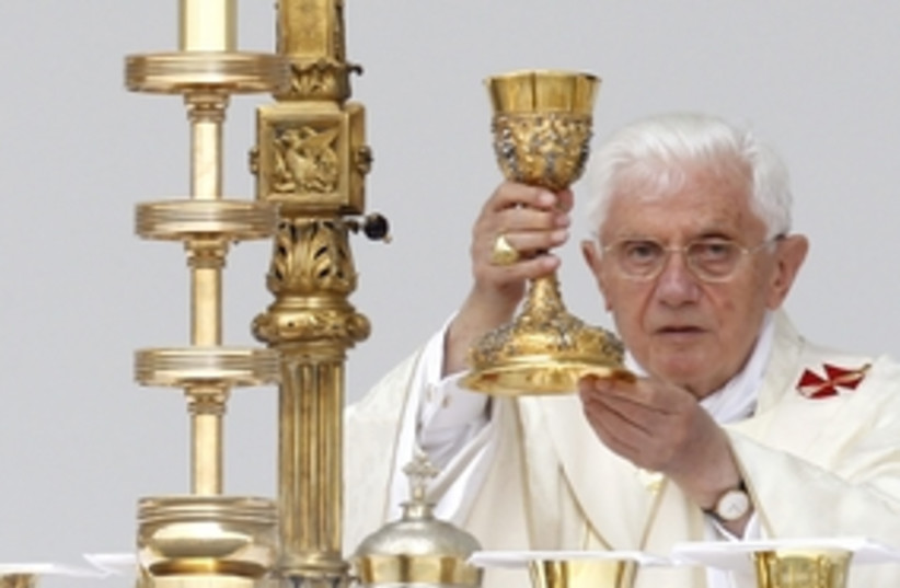 Pope Benedict in Zagreb 311R (photo credit: Reuters)
