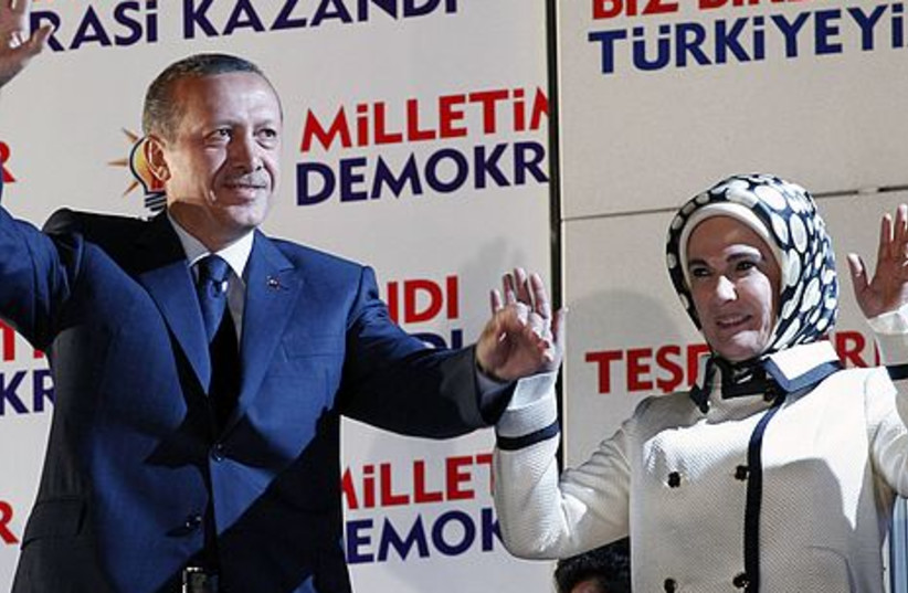 Erdogan wins third term as Turkish PM