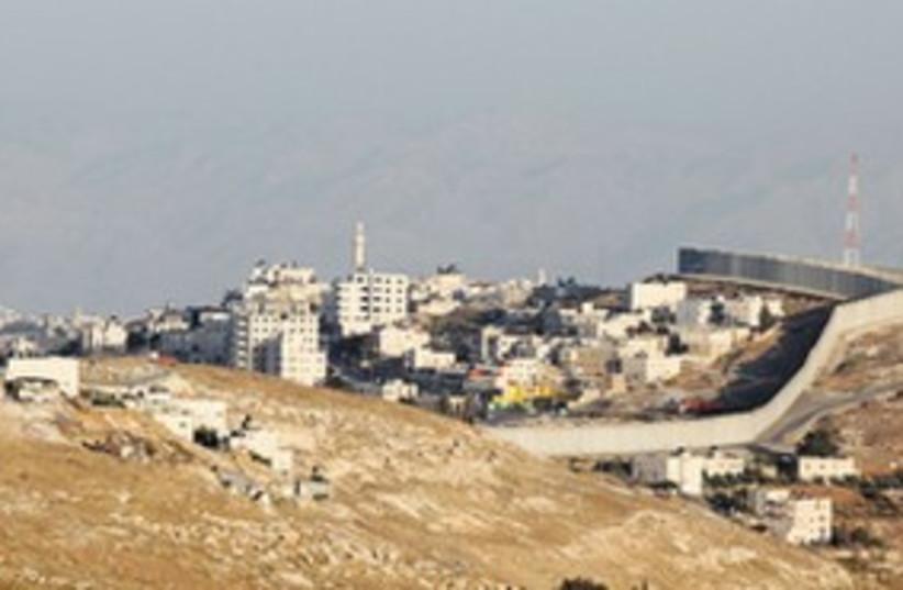 Abu Dis landfill 311 (photo credit: Marc Sellem Israel/The Jerusalem Post)