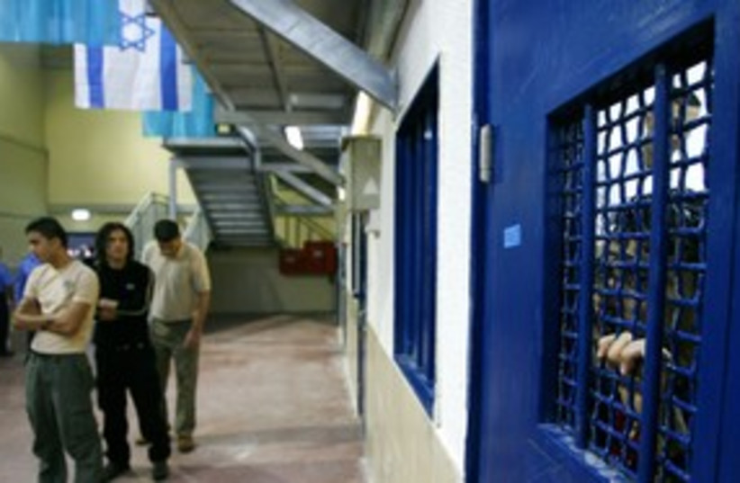 Palestinian prisoners in Israel's Ketziot prison 311 (R) (photo credit: Ronen Zvulun/Reuters)