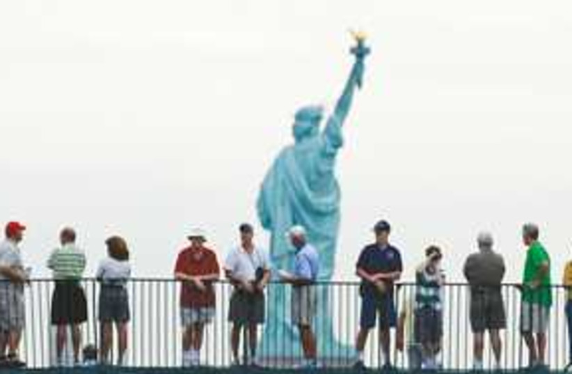 Statue of Liberty_311 (photo credit: Reuters)