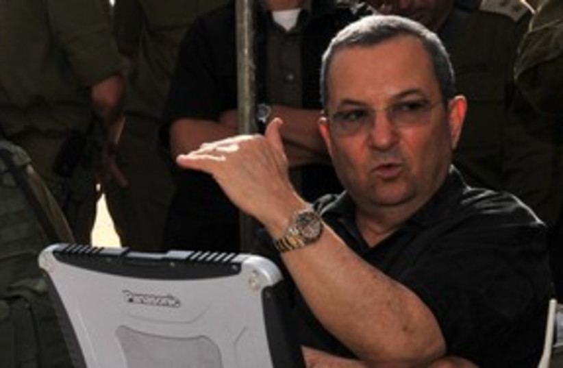 Ehud Barak 311 (photo credit: Ariel Tarmoni/Defense Ministry)