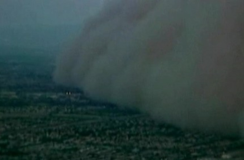 dust cloud Arizona (photo credit: Reuters)