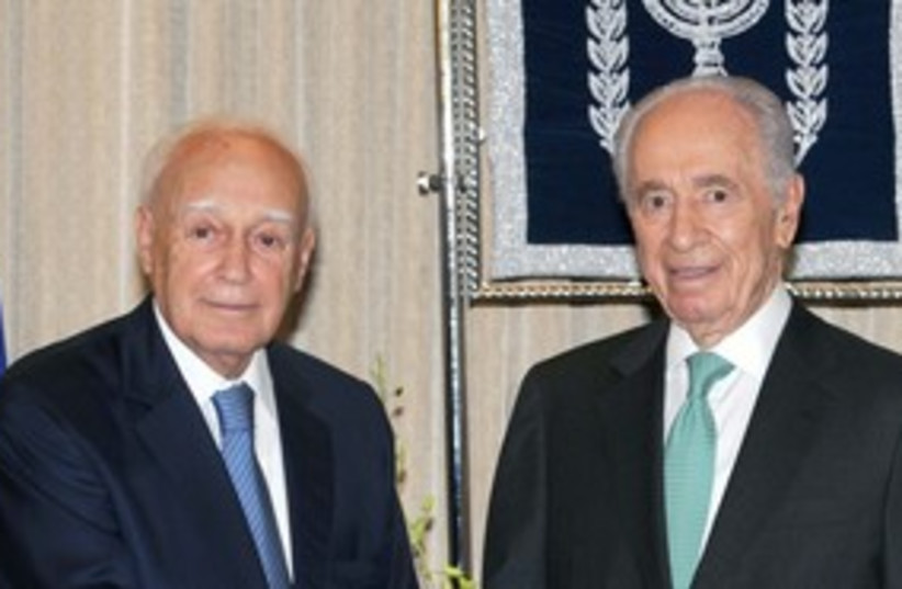 Peres with Papoulias 311 (photo credit: GPO )