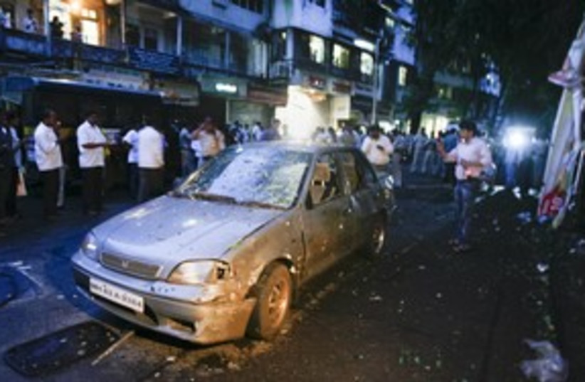mumbai city center blast_311 reuters (photo credit: Stringer India / Reuters)