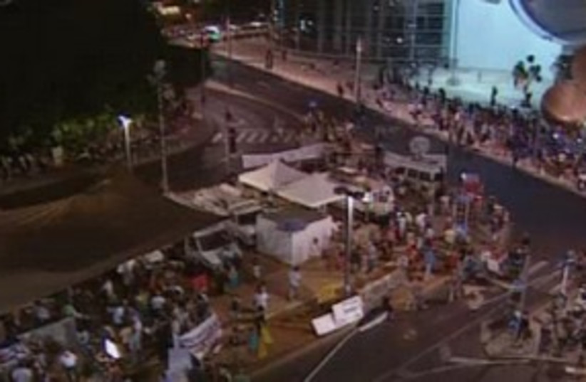 Tent City Rally 311 (photo credit: Channel 10)