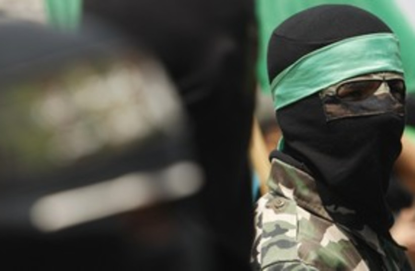 Hamas soldier 311 R (photo credit: Israel Picture Service/REUTERS)