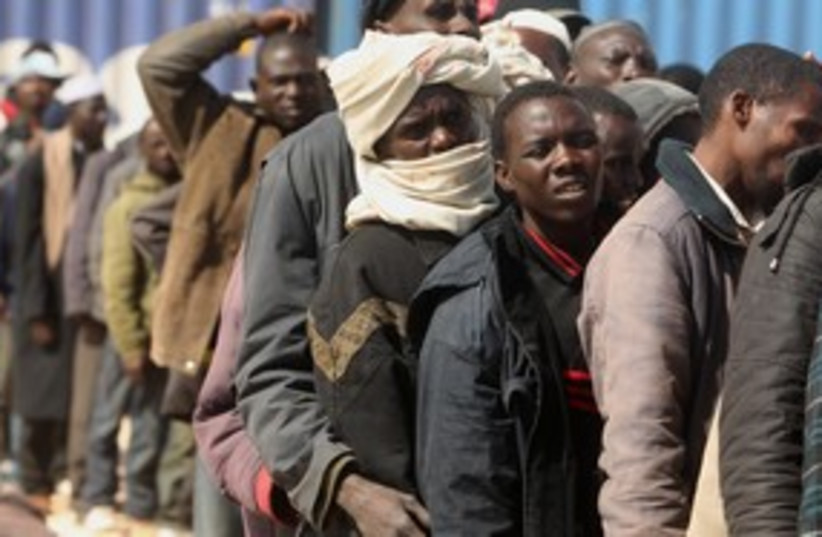 african migrants 311 R (photo credit: Mohammed Salem / Reuters)