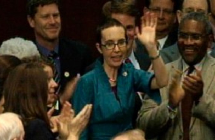 Gabrielle Giffords returns to the US Congress 311 (R) (photo credit: REUTERS)