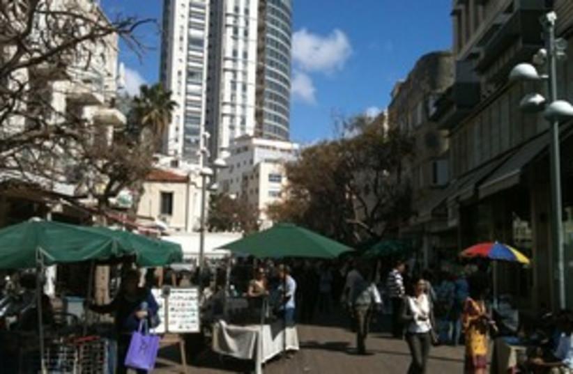 Tel Aviv scene 311 (photo credit: Joe Yudin)