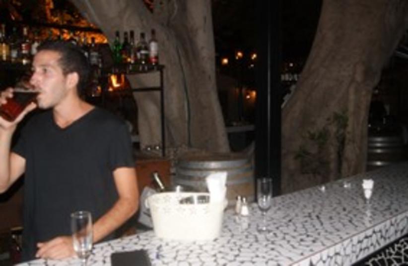 Barman Nimrod Yona 311  (photo credit: Yoni Cohen)