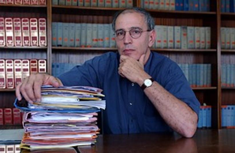 Moshe Lador 298.88 (photo credit: Ariel Jerozolimski)