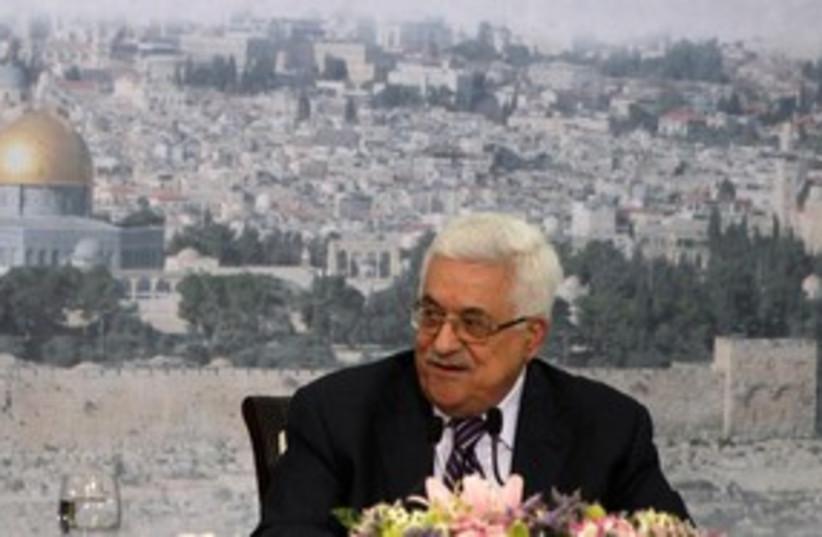 PA President Mahmoud Abbas 311 (R) (photo credit: REUTERS/Darren Whiteside)