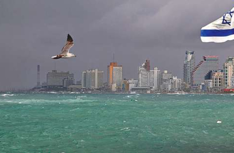 Tel Aviv beachfront 521 (photo credit: Israel Weiss)