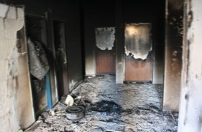 Burned Tuba Zanghariya mosque 311 (photo credit: Ben Hartman)