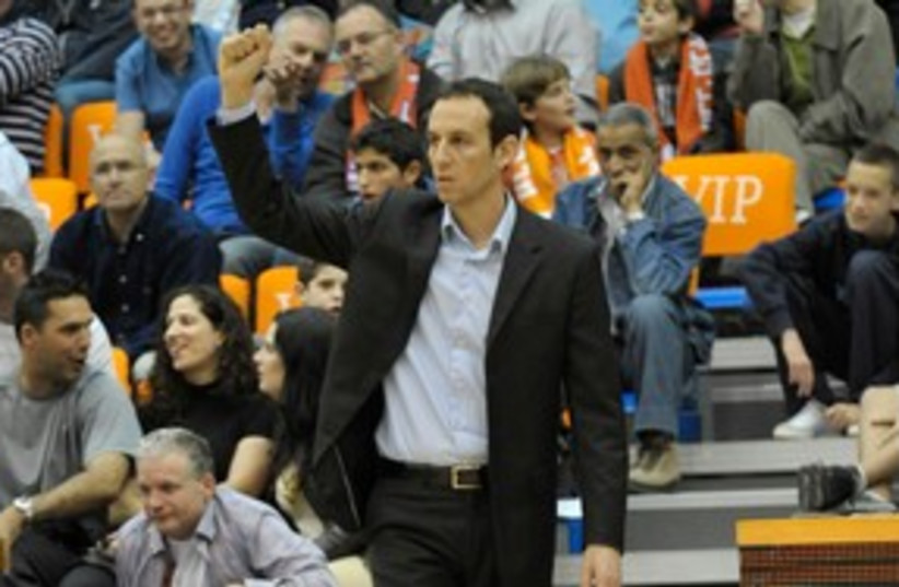 Hapoel Jerusalem coach Oded Katash 311 (photo credit: Asaf Kliger)