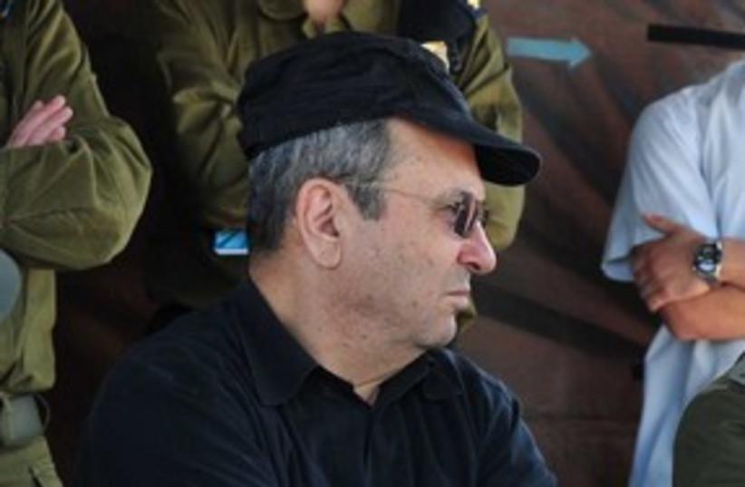 Defense Minister Ehud Barak at Etzion Brigade 311 (photo credit: Linoy Elihai / Defense Ministry)