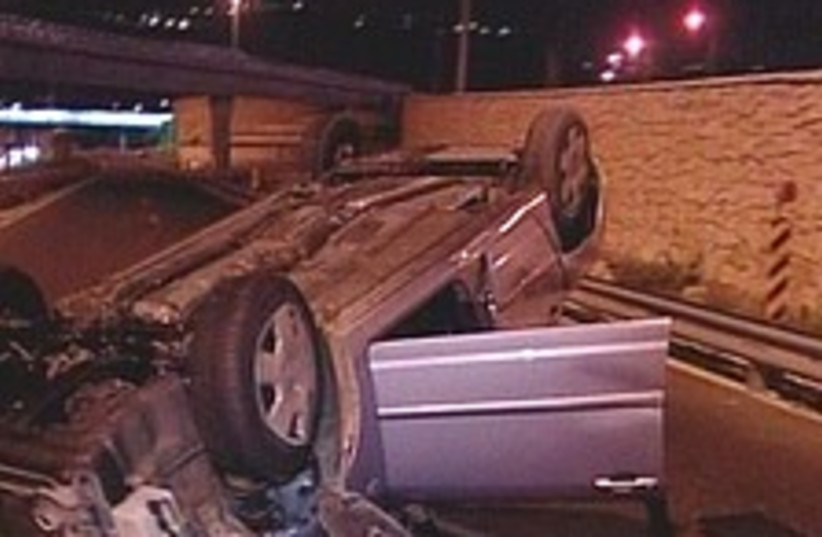 haifa car wreck 224 88 (photo credit: Channel 10)