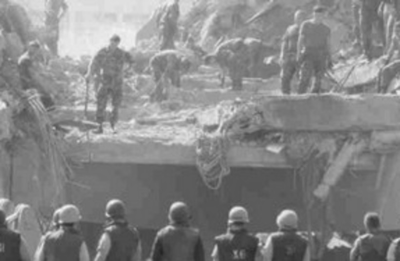Marines after the 1983 Beirut barracks bombing 311 (photo credit: US Department of Defense)
