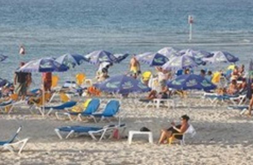 Tel Aviv beach 260 (photo credit: Marc Israel Sellem)