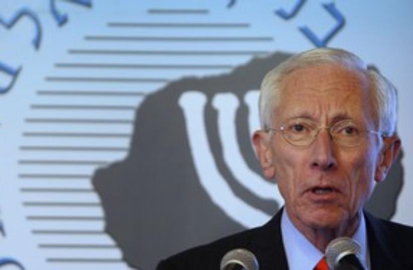 Stanley Fischer 311 R (photo credit: REUTERS/Baz Ratner)