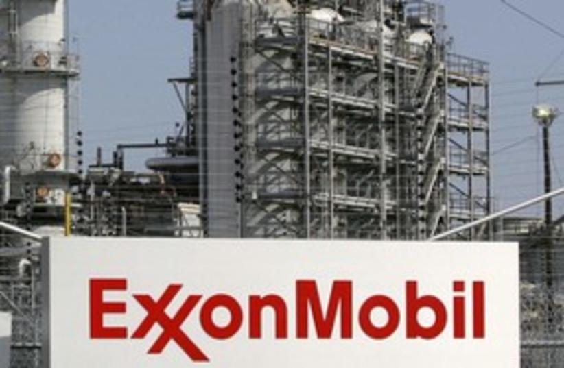 Exxon Mobil 311 R (photo credit: REUTERS/Jessica Rinaldi)