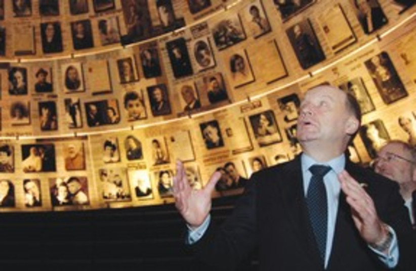 LITHUANIAN PRIME Minister Andrius Kubilius at Yad Vashem 311 (photo credit: Reuters)