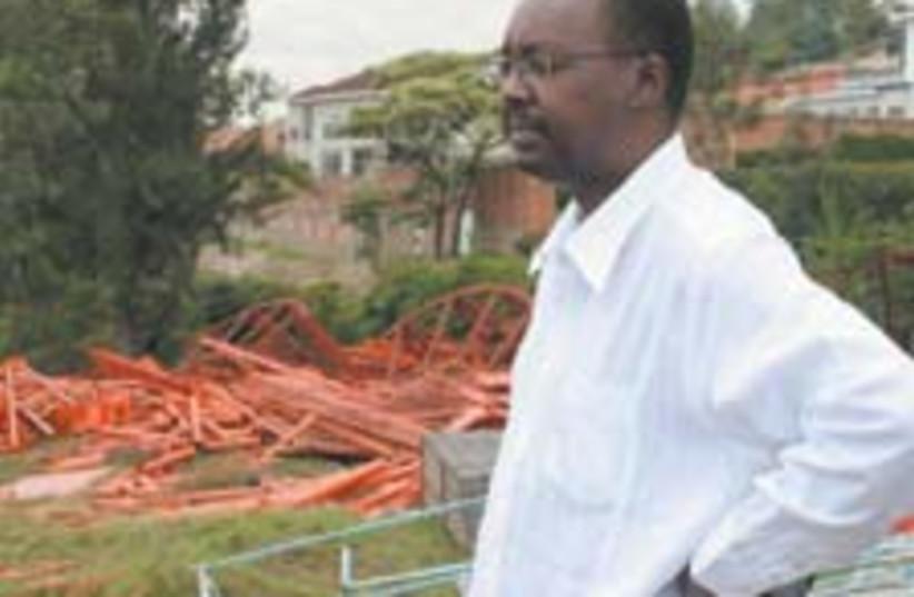 Eugene Nyagahene 88 224 (photo credit: )