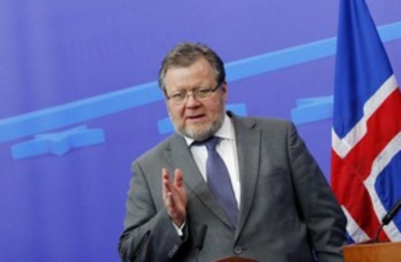 Iceland Foreign Minister Össur Skarphedinsson 311 (R) (photo credit: REUTERS/Francois Lenoir)