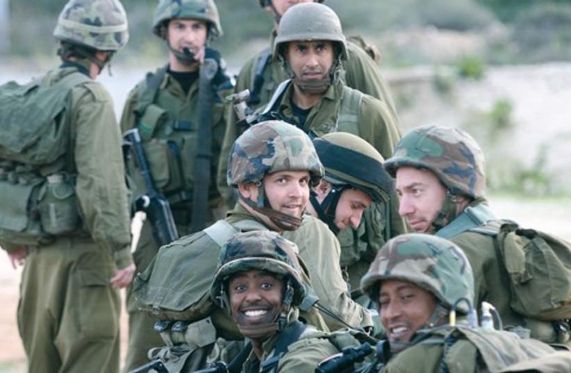 IDF reserve soldiers 521 (photo credit: Marc Israel Sellem)