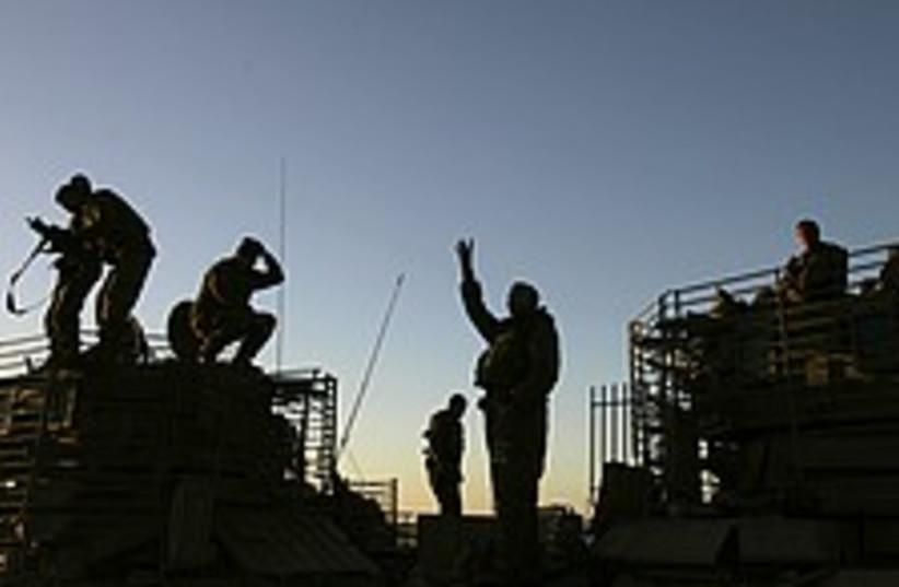 gaza soldiers 224.88 (photo credit: AP)