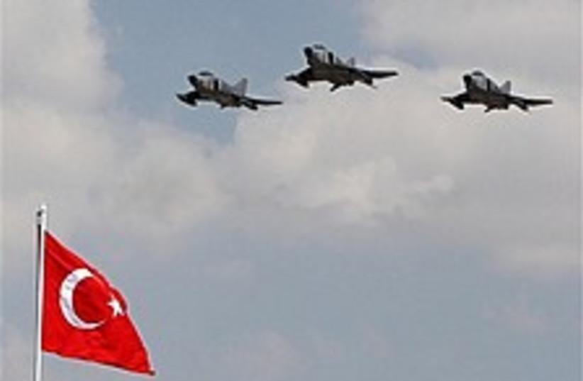 turk kurds 224.88 (photo credit: AP)