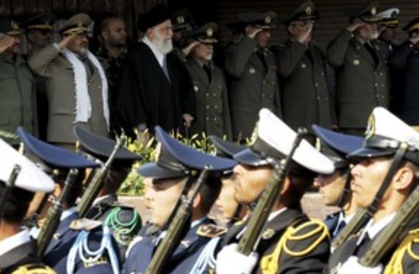 Army commander General Salehi stand with Khamenei 311 R (photo credit: REUTERS)