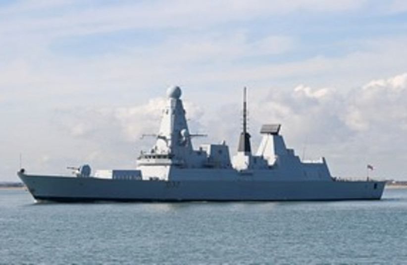 HMS Daring UK ship 311 (photo credit: Brian Burnell)