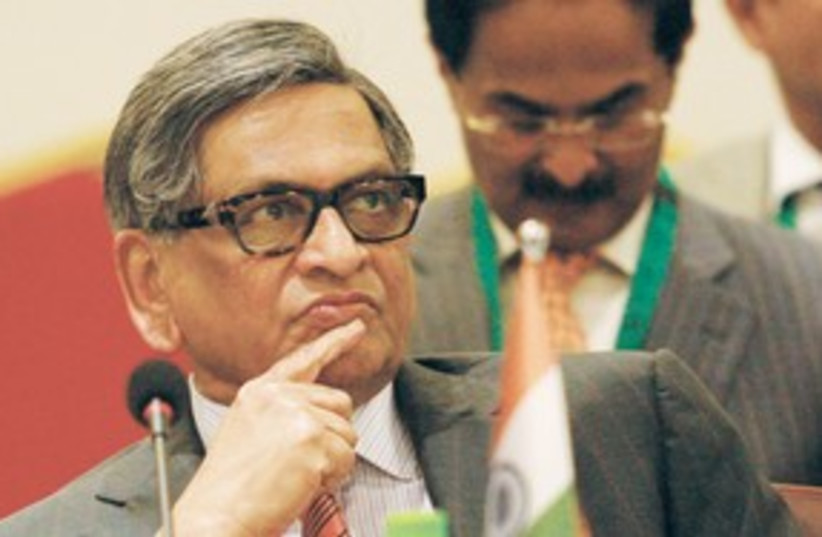 Indian Foreign Minister S.M. Krishna 311 (R) (photo credit: REUTERS)